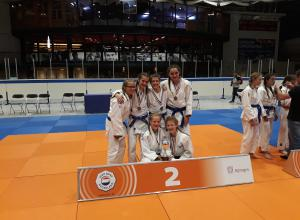 Judoclub Helden sluit judoseizoen fantastisch af op het NK-teams!