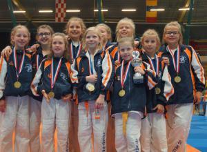 Brons voor meidenteam -12 Judoclub Helden op NK teams!